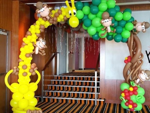 Як зробити арку з повітряних куль своїми руками: покрокова інструкція, фото, відео. Сучасні арки з куль різного розміру з гелієм і без гелію, квадратні, весільні, новорічні, святкові, двоколірні, триколірні: види арок, дизайн оформлення, ф