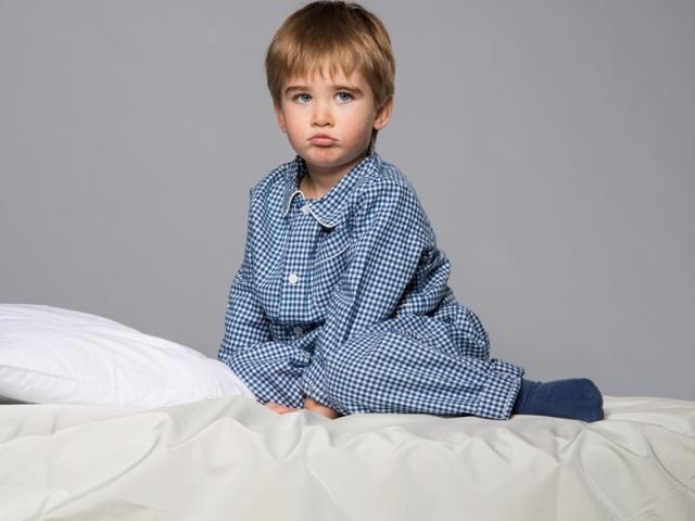 Коли дитина перестає писати вночі? Що зробити, щоб привчити дитину не писати вночі в ліжко?