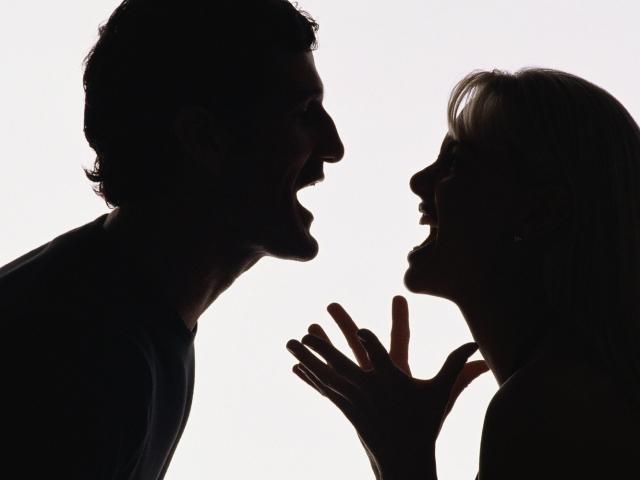 Вербальна агресія — що це? Чому виявляється вербальна агресія і чому ми так болісно реагуємо на неї?