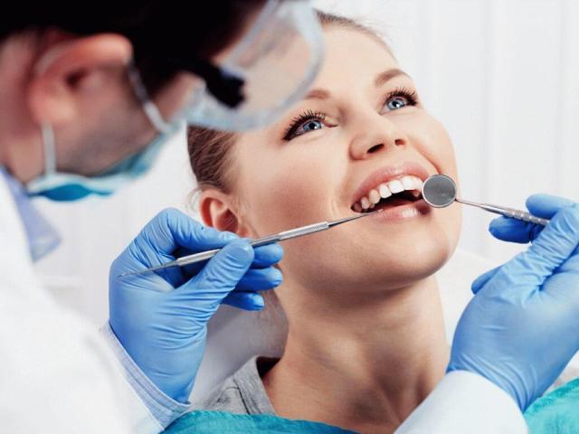 Скільки років навчатися на стоматолога і чи варто це робити?