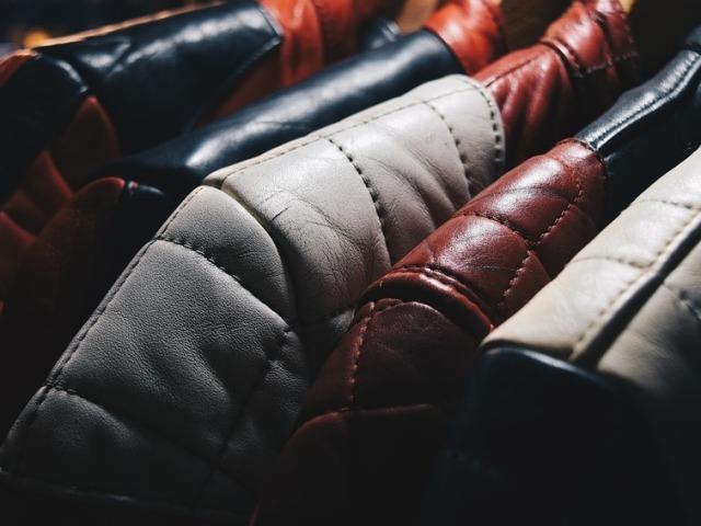 Чи можна і як випрати шкіряну куртку в пральній машині автомат в домашніх умовах? Як правильно прати шкіряні речі?