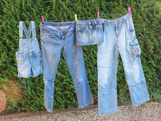 Фарба для джинсів: як вибрати, яка буває? Як пофарбувати джинси в чорний колір? Як пофарбувати джинси за допомогою підручних засобів?