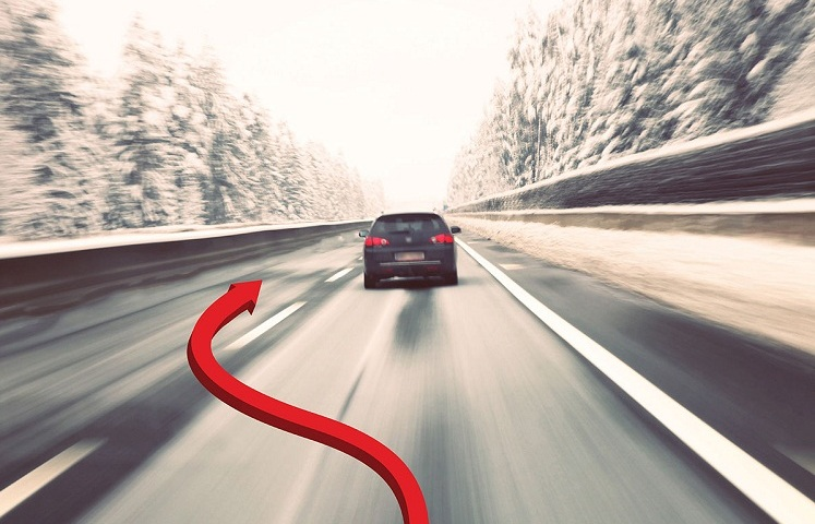 Кого можна обганяти на дорозі і коли можна здійснювати обгін: основні правила