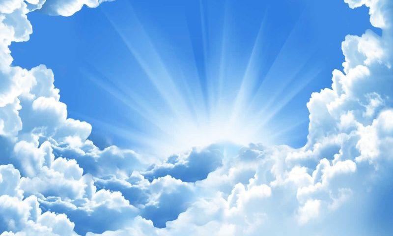 Сонник – бачити в сні небо. До чого сниться блискавка, літак, птиці, місяць, веселка, салют у небі нічному, зоряному, падаючому, чорному, білому, блакитному: тлумачення сну