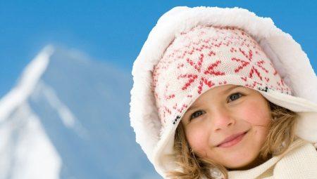 Зимові шапки для дівчаток