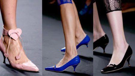 Жіночі туфлі на низькому каблуці