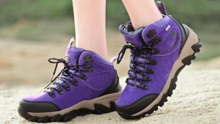 Жіночі трекінгові черевики