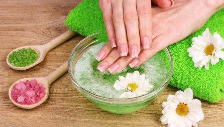 Робимо ванночки із сіллю для нігтів