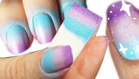 Як зробити градієнт на нігтях?