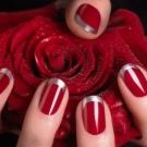 Ідеї червоного манікюру для коротких нігтів