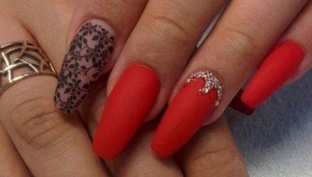 Дизайн червоного манікюру на довгі нігті
