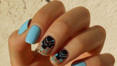 Манікюр в синьому та чорному кольорах: модні ідеї та приклади дизайну