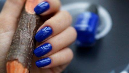 Манікюр в синіх тонах: ідеї дизайну і модні тенденції