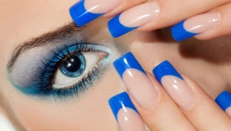 Синій французький манікюр