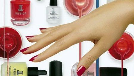 Скільки тримається шелак на нігтях і від чого це залежить?