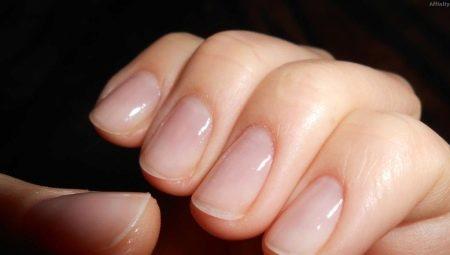Як відновити нігті після нарощування?