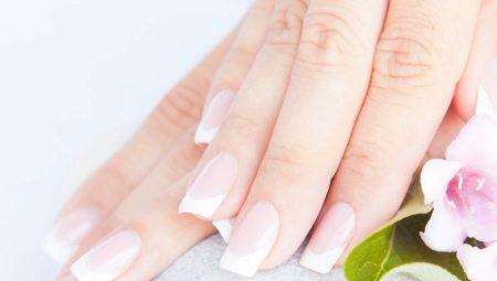 Особливості класичного нарощування нігтів