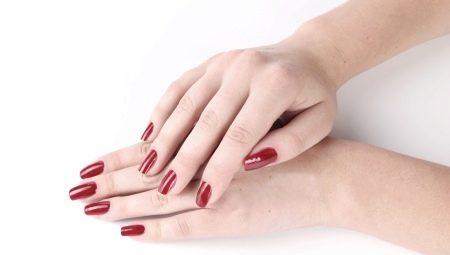 Особливості догляду за нарощеними нігтями