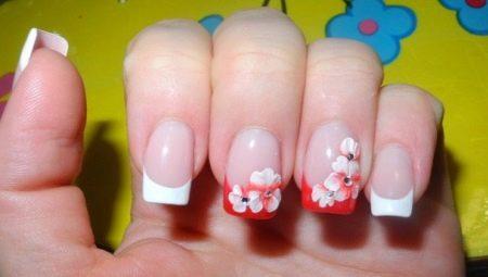 З якого віку можна нарощувати нігті і чому існують обмеження?