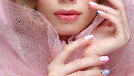 Ідеї оформлення матових нарощених нігтів
