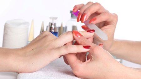 Скляні пилочки для нігтів: переваги, недоліки та особливості використання
