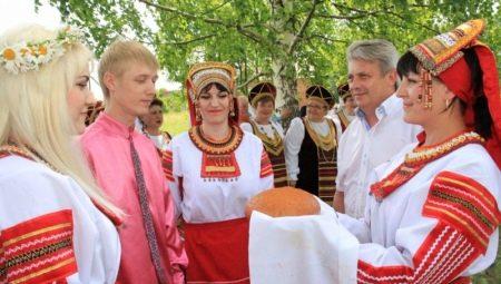 Сватання: традиції та особливості проведення
