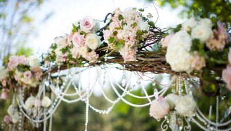 Весільні арки: особливості та різновиди