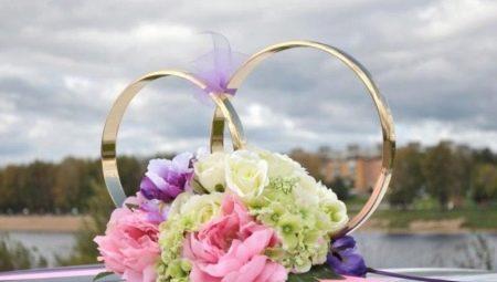 Оформлення кілець на машину для весілля, їх створення та встановлення
