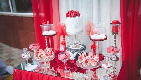 Солодкий стіл на весілля: як накрити і прикрасити?