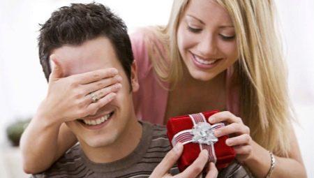 Що подарувати чоловікові на шосту річницю весілля?