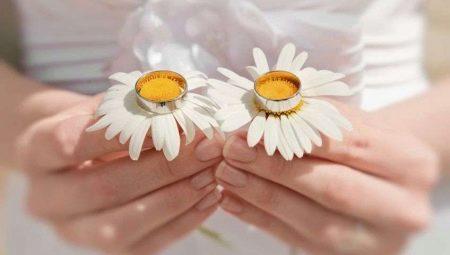 Що дарують дружині, чоловікові або друзям на 9-ту річницю весілля?