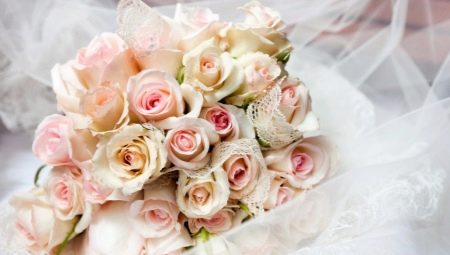 Який букет приготувати в подарунок на весілля молодятам?