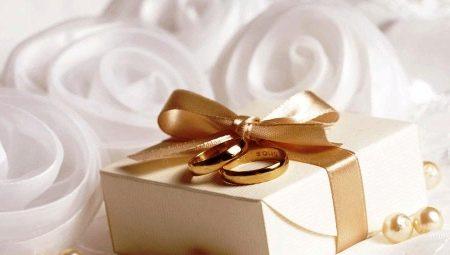 Що подарувати на весілля сина від батьків?