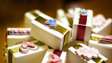 Вибираємо прикольні подарунки на весілля