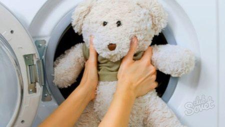 Як правильно прати м'які іграшки в пральній машині?