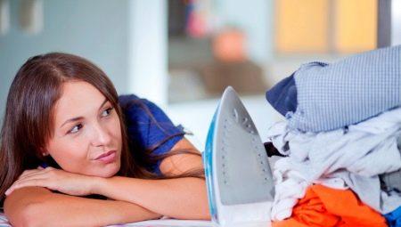Як правильно гладити білизну і одяг?