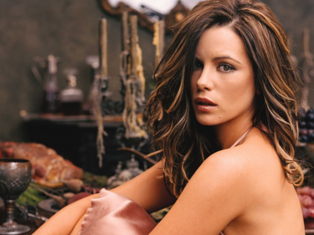 Найкрасивіші жінки світу: топ-15, фото