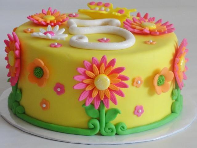 Смачний дитячий і простий торт у формі цифри 5 на День народження хлопчика, дівчинку, 5 років весілля, ювілей, за 5 хвилин в мікрохвильовці, без випічки: покрокові рецепти, фото, ідеї прикраси. Як зробити цифру 5 з бісквіту для торта у вигляді цифри 5: ін